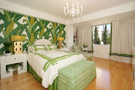 Camera da letto nelle tonalità del verde n.11
