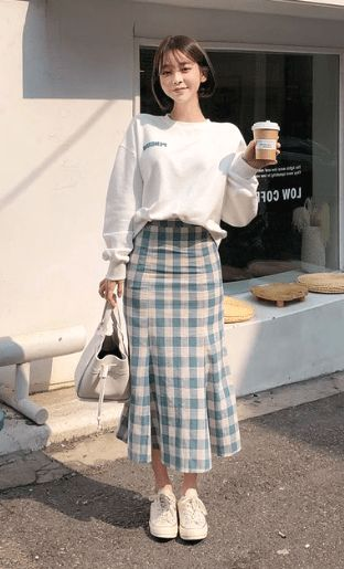 korean street fashion 20 Korean Spring Outfits for Street Style Korean Fashion Dress, Korean Fashion Winter, Korean Dress, Ulzzang Fashion, Korean Street Fashion Summer, Korea Street Style, Korean Fashion Casual, Korean Airport Fashion Women, Korean Fashion Styles