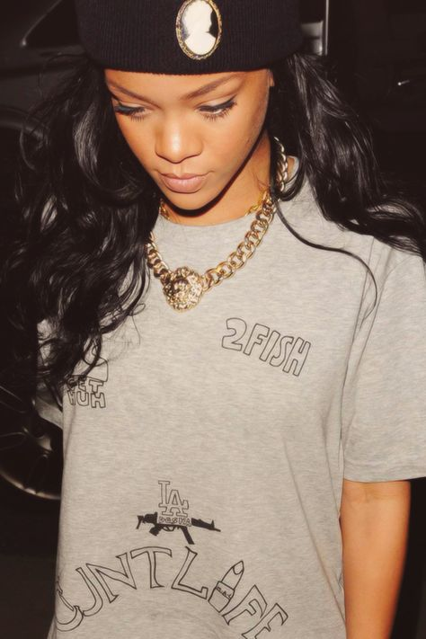 RIHANNA. POP R&B QUEEN. #R&B #pop http://www.pinterest.com/TheHitman14/musician-pop-rbdance-%2B/