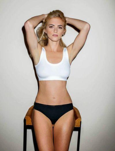 Emily Wickersham  nackt