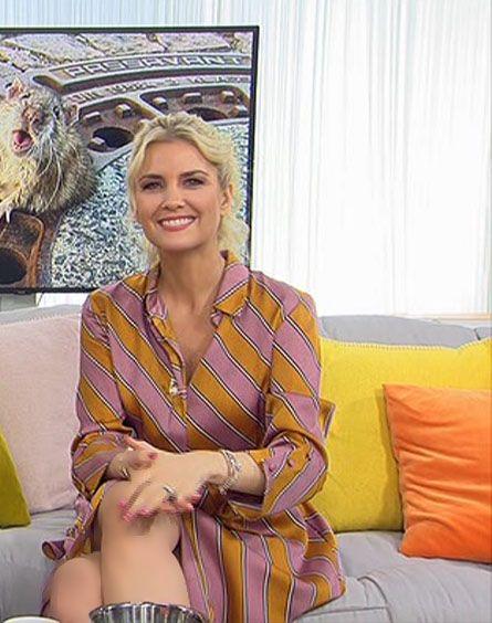 Jennifer Knable Rtl Tv In 2020 Frau Stil Frau Und Frau Zeichnen