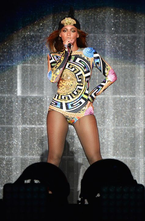 See Beyoncé's amazing On The Run Tour costumes live! We're giving