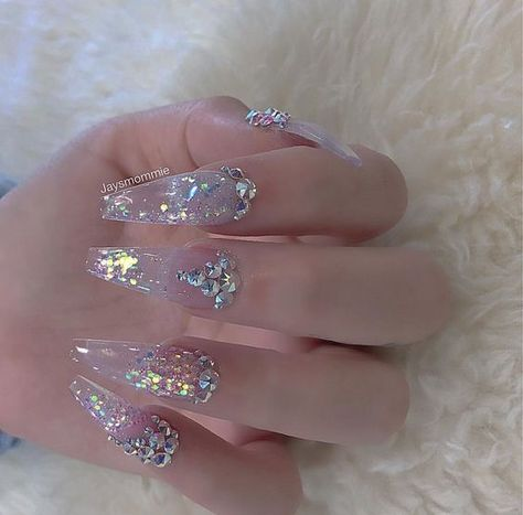 Amazing Glitter Acrylic Nail Art Designs for Holiday Parties-- winter glitter nails; new year nails;