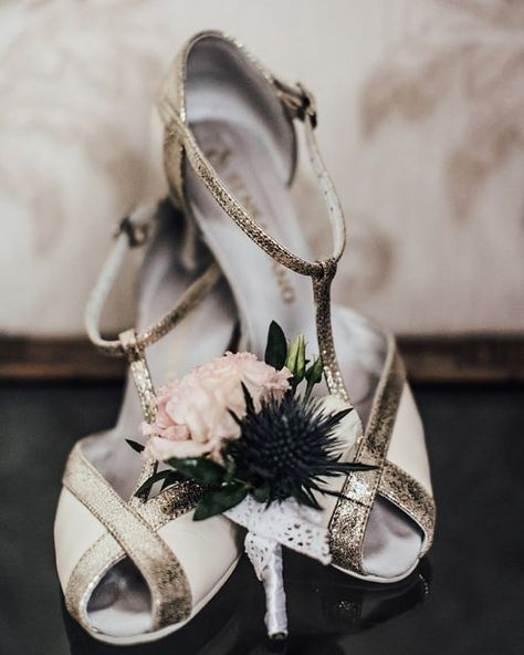Pin By Dominika Pawlus On Buty In 2021 Women Shoes Shoes Bridal Shoes