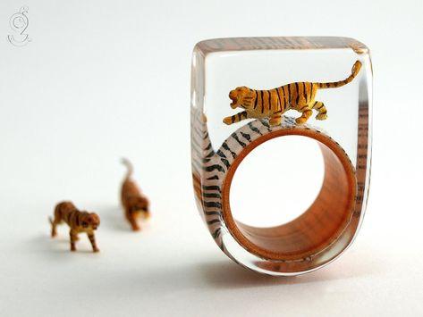 0.75 10 Grams Forest Elephants Large Two Tone Engraved Elephant Stud Earrings