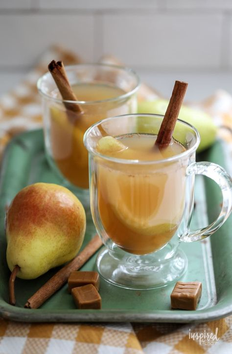 This Caramel Pear Cider makes a delicious and unique Fall Cocktail Recipe! #caramel #pear #cider #fall #cocktail #recipe #mulled