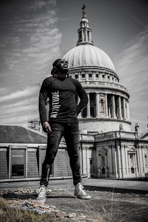 Style tip of the day: Attiitude Black full sleeve t-shirt + Distressed denim joggers + B&W snapback cap.  Available at Attiitude.com. Snag 'em now!!! #Myattiitude #chrisgayle #universeboss #alternativefashion