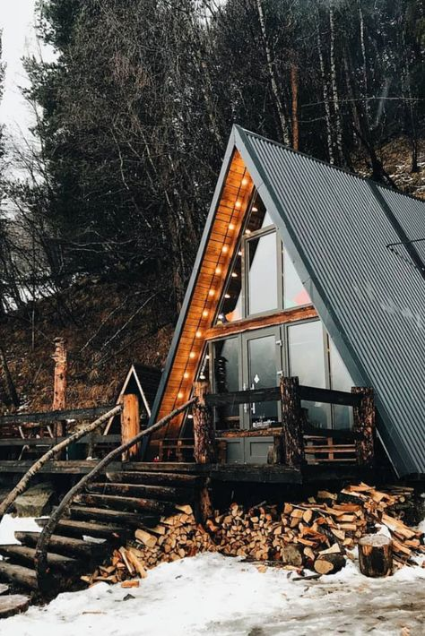 There is something magical about A-frame cabin homes. And today we are going to prove you it!  #Cabinhomes  #Aframehomes  #AFramecabin