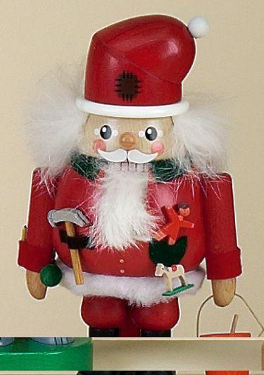 Santa nutcrackersZest Avenue offers Nutcrackers, Christmas Nutcrackers, Soldier Nutcrackers, King Nutcrackers, Santa Claus Nutcrackers, Snowman Nutcrackers, Holiday Decor and more.http://www.zestavenue.com
