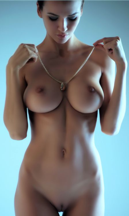 Nude pics garret krystal