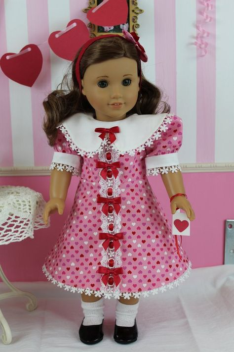 Doll Clothes-Valentine/'s Day Shiny Hearts Sundress fit Barby Doll-Homemade SD1