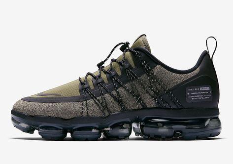 c5af46ebf0 Nike's Air VaporMax Run Utility Gets the 'Triple Black | L - SHOES |  Pinterest | Moda, Tenis and Zapas