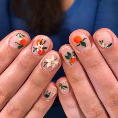 The Negative Space Nail Art Trend Is Perfect For The Summer Negative Space Nail Art Negative Space Nails Nail Art Summer