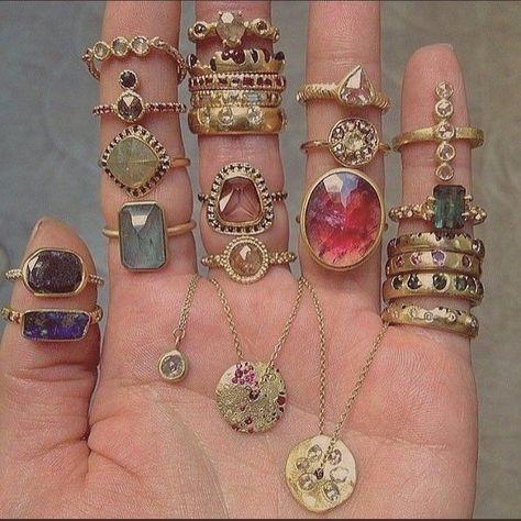 Hippie Jewelry, Cute Jewelry, Gold Jewelry, Jewelry Accessories, Beaded Jewelry, Opal Jewelry, Jewelry Box, Diy Jewelry, Jewelry Stand