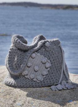 Visa detaljer för Virkad Väska i Lovikka och Tilda i 2020