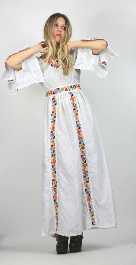 Vintage Mexican Dress Stunning Floral Embroidery Insane Sleeves