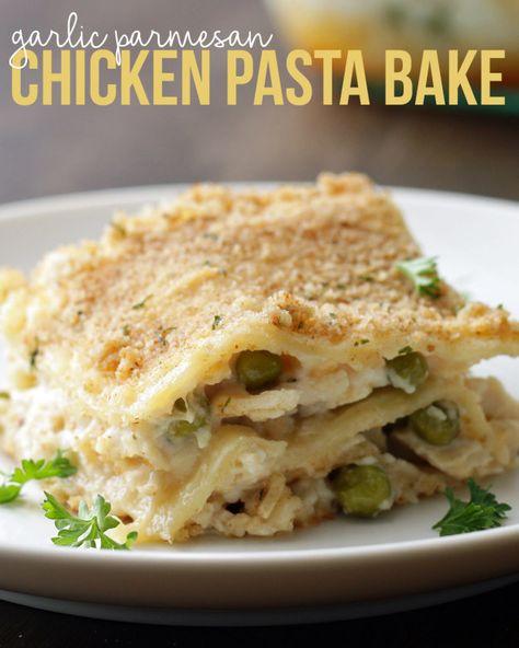 El ajo pollo parmesano Pasta Hornear