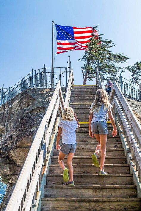 From sunsets in Asheville and touring the historic Biltmore Estate, to driving the blue ridge parkway, and climbing the 499 steps to the top of Chimney Rock State Park - check out our blog of all the Top Places to go in the North Carolina Mountains! #NorthCarolinaMountains #WesternNorthCarolina #NorthCarolinaTravel #NorthCarolinaVacation #USRoadTrip #FamilyTravelTips
