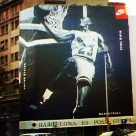 540c6a04f32 92  Barcelona MJ Billboard