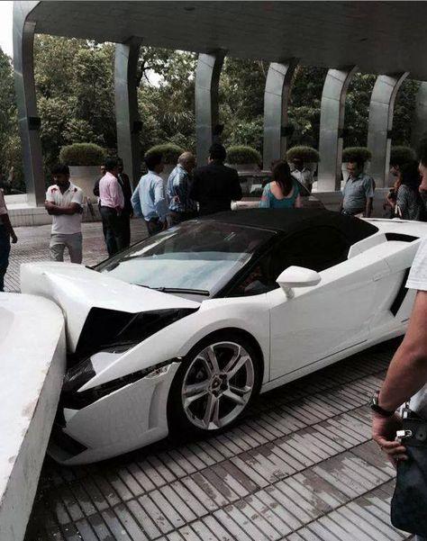 Wrecked Exotic Cars : wrecked, exotic, Luxury, Wrecks, Ideas, Crash,, Super