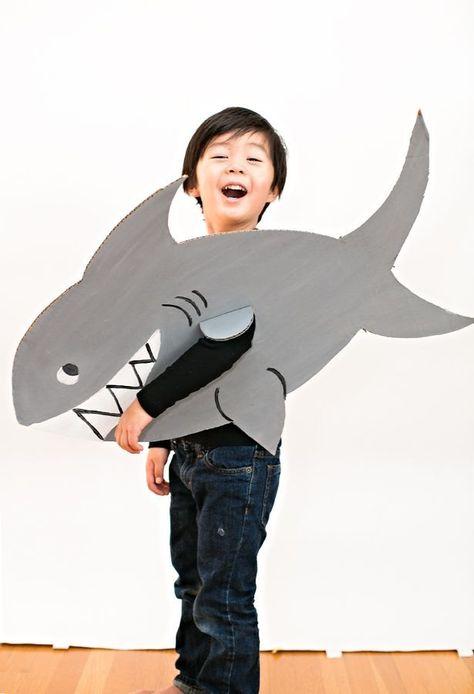 EASY SHARK CARDBOARD COSTUME FOR KIDS. Recycled cardboard costume for kids.
