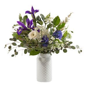 Anniversary Flowers And Gifts Audubon New Jersey Florist Leigh Florist In 2020 Anniversary Flowers Birthday Flowers
