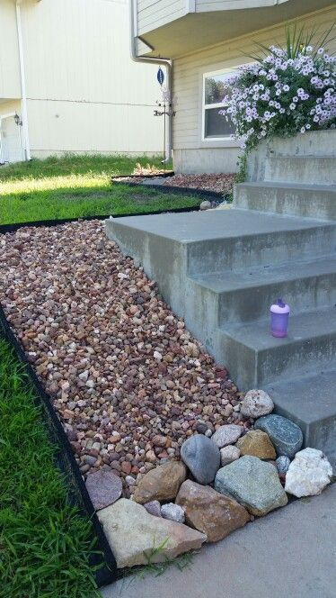 Colorado River Rock From Lowe S Colorful Landscaping Rock To Slow Down Drainage Landscaping With Rocks Colorful Landscaping Landscaping Rock