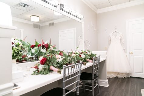 #RonJaworskiWeddings #NewJerseyWedding#RusticWedding #WeddingVenue #NJWeddingVenue #NJWeddings #RamblewoodCountryClub #WinterWedding #RoseBouquet #BridalSuite