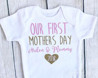 Happy Valentines Day 1st cute gift Personalised baby bodysuit vest babygrow