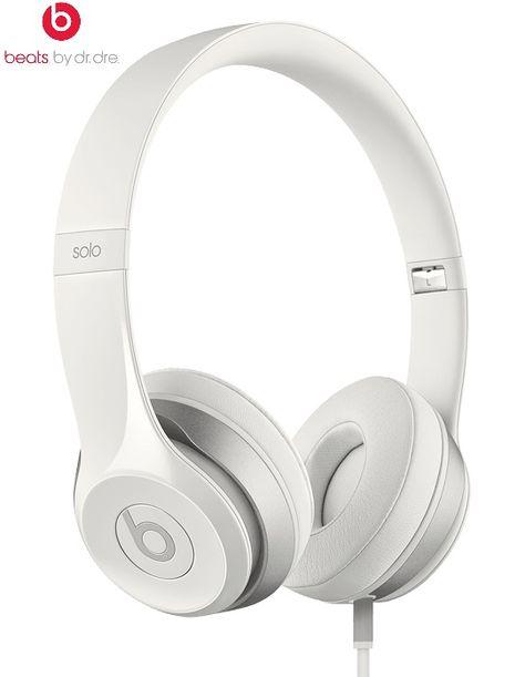 8058a540fbc57 Auriculares Beats by Dr. Dre Solo2 en color blanco por 99 euros. 50% de  descuento.