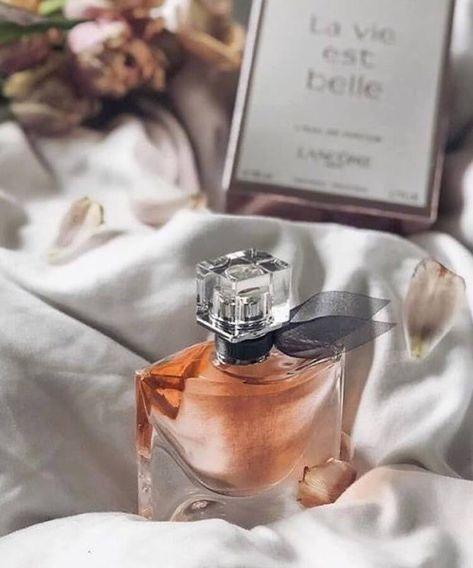 La Vie Est Belle By Lancome Perfume Photography Perfume Fragrance Photography