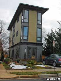 Tall Skinny House Plans modern flat roof symmetrical windows