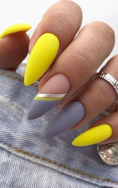 Popular Fall Nail Colors for 2020 - Beauty Nails #fallnail #nailart #nailcolors #nailideas #nails #beauty #summernail #winternail #fallnail