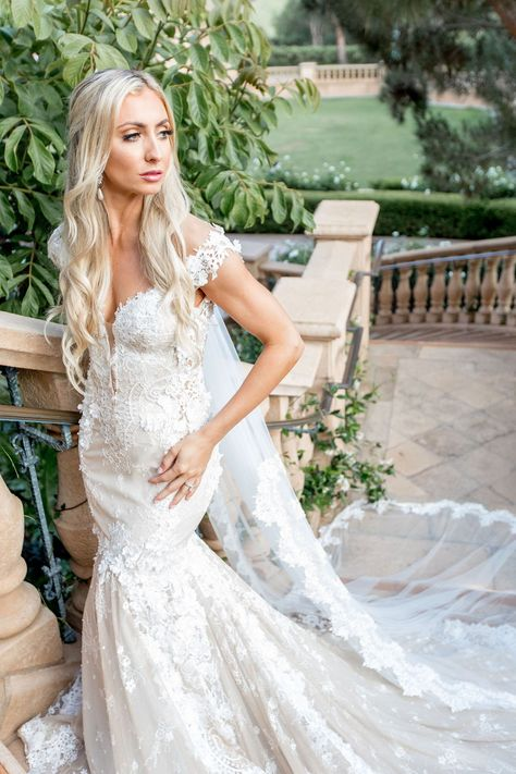 Want something truly unique for your bridal look? Do what #GLBride Jackie did and create your own custom Galia Lahav wedding dress.  Boutique: Bridal Reflections  Photographer: Katie Beverley Photography