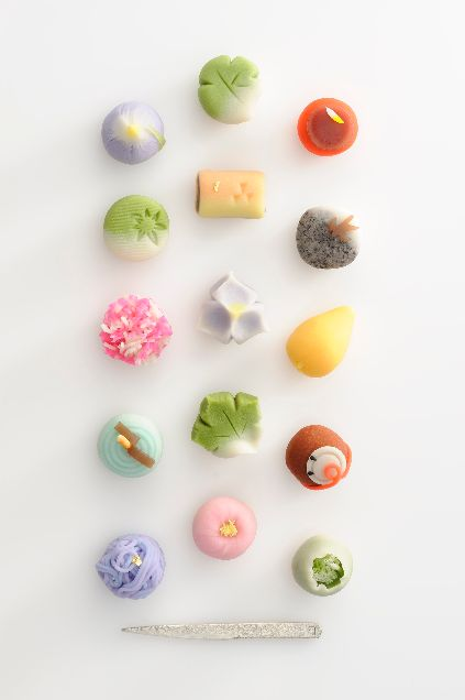 Pretty, Tiny, Sweet treats, all the rage in Japan.  ~~ Houston Foodlovers Book Club