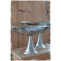 Zilveren Schaal Op Voet.Zilverkleurige Schaal Op Voet Klein 25x35 5x11cm