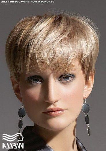 Fresh Pilzkopf Frisur Damen Sudah Damen Fresh Frisur Pilzkopf Sudah In 2020 Elegant Hair Gorgeous