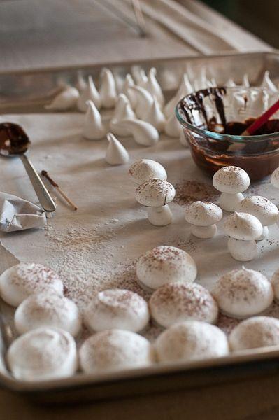 Meringue Mushrooms & Buche de Noel (also known as a yule log) Holiday Baking, Christmas Baking, Holiday Treats, Holiday Recipes, Meringue Mushrooms, Yule Log Cake, Christmas Sweets, Christmas Yule Log, Xmas