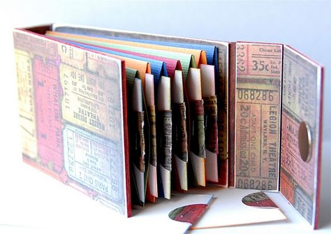 Great tutorial to make an accordian book!