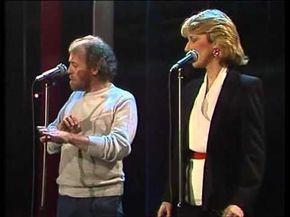 Joe Cocker Jennifer Warnes Up Where We Belong 1983 Song In The Movie An Officer And A Gentleman With Ri In 2020 Joe Cocker Jennifer Warnes An Officer And A Gentleman