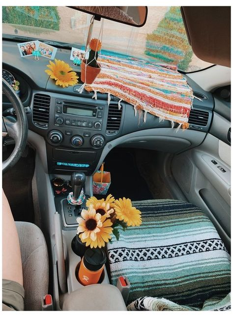 Car Interior Accessories, Car Accessories For Girls, Women's Accessories, Hippie Car, E Motor, Car Interior Decor, Car Interior Design, Girly Car, Car Essentials
