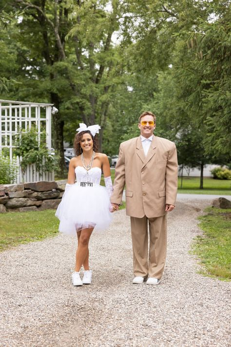 Check out the Dobrosky wedding details including an #80stheme night!