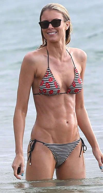 Ripped up abs. If this doesn't inspire you, I don't know what will! Julie bowen