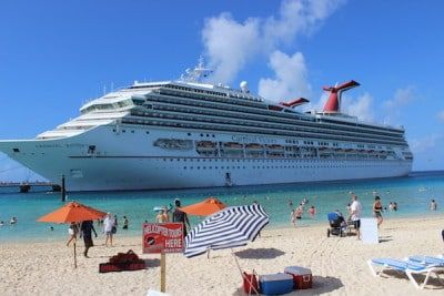 Reasons To Get Married On A Cruise Cruises Cruise Wedding And - Getting married on a cruise ship