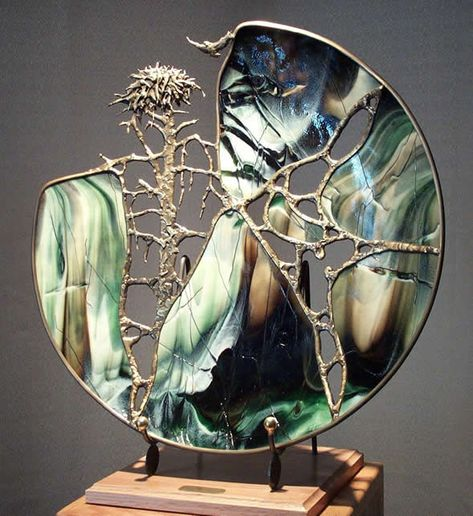Sea Glass art Videos Love - Stained Glass art Videos Patterns - Glass art Work Ideas - Pebble And Sea Glass art Videos - Tiffany Glass art Patterns Stained Glass Designs, Stained Glass Projects, Stained Glass Patterns, Stained Glass Art, Glass Wall Art, Sea Glass Art, Mosaic Glass, Fused Glass, Blown Glass