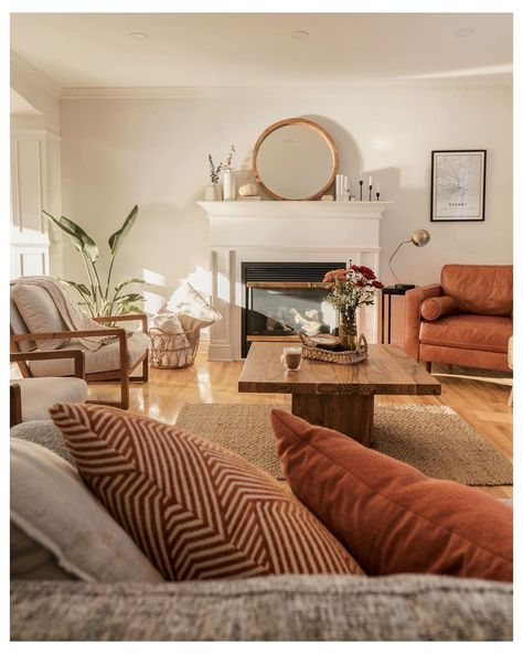 Earthy Living Room, Cozy Living Rooms, Living Room Colors, Home Living Room, Living Room Designs, Living Spaces, Earth Tone Living Room Decor, Retro Living Rooms, Earthy Home Decor