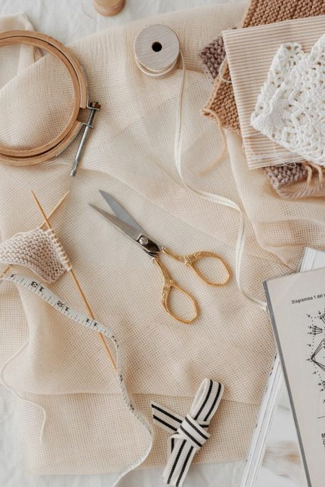 Vintage style scissors are handcrafted in Italy from hard-tempered steel and covered with a thin layer of gold Fabric Photography, Head Band, Beige Aesthetic, Sewing Studio, School Fashion, Floral Design, Decoration, Crafts, Fashion Design