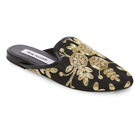 put decorations on black flat shoes