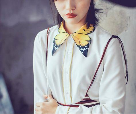 FineArt Collection.  Chemise blanche avec col en papillon, la partie du col est conçu comme papillon ailes, jaune base avec des détails de noir,