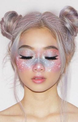 48 Fairy Unicorn Makeup Ideas For Parties Unicorn makeup can't be described without the word 'magical'. And so it is, as it is all about fantasy, iridescence, glitter, rainbows and shimmer.